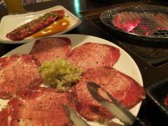 深セン 炭火焼肉と日本料理 暖家