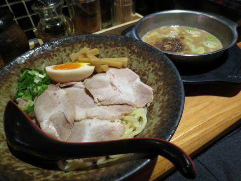 尖沙咀 FUJIYAMA55(フジヤマ55)で濃厚つけ麺を食べる
