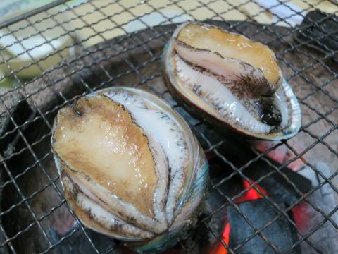 土瓜湾 鴻福海鮮四季火鍋でアワビの踊り焼き