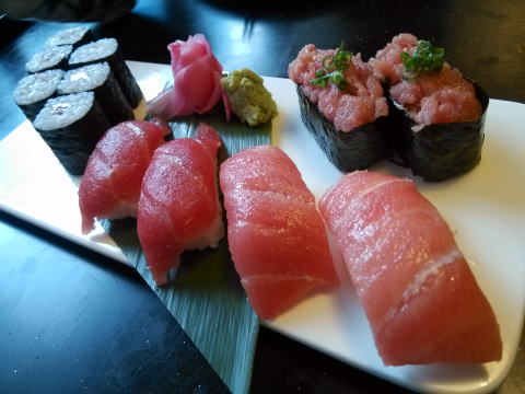 深セン 寿司居酒屋 和泉のマグロづくし