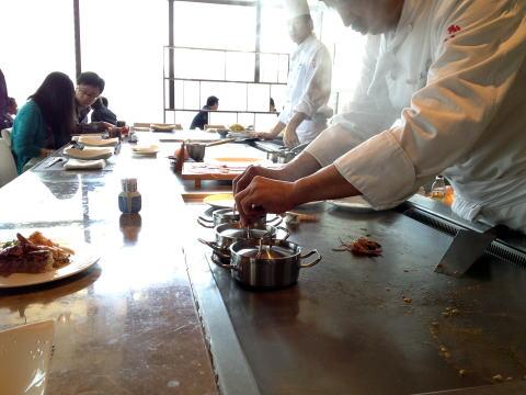 鉄板焼・寿司 海賀でお得なランチ