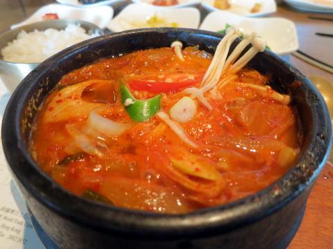 尖沙咀の韓国料理「名家(ミョンガ)」でランチ