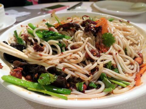 深セン 福田の味道雲南で雲南料理を食べる