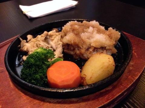 深セン 洋食やで日本っぽいハンバーグを楽しむ