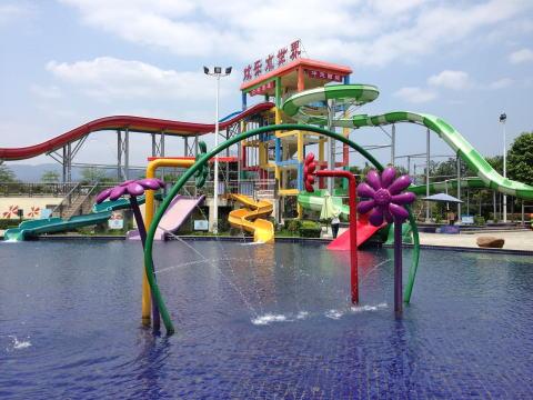 [恵州市] 南昆山温泉大観園で中国式温泉を体験する