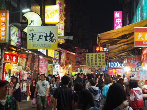 [台湾] 台中の逢甲夜市と中華路夜市