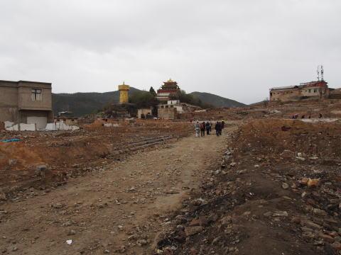 [シャングリラ] 火事で焼失した独克宗古城周辺を歩く