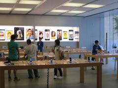 深セン 益田假日広場にはApple Store(本物)がある